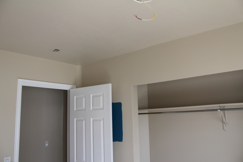 Painting ceiling same color as walls painting ceiling same for Painting ceiling same as walls